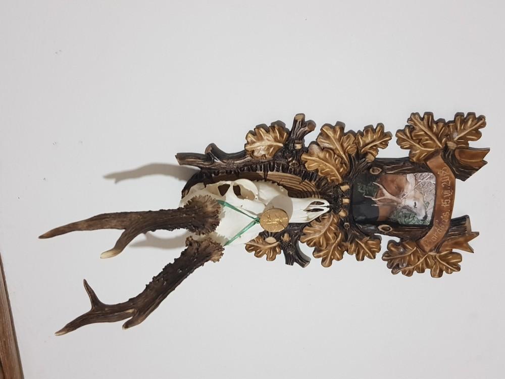 Ručne vyrezávané podložky pod srnce