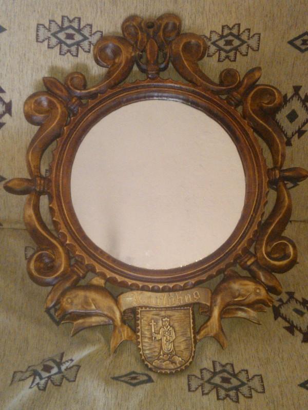 Ručne vyrezávané rámy na zrkadlá
